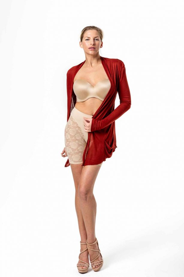 Allure beige with red top